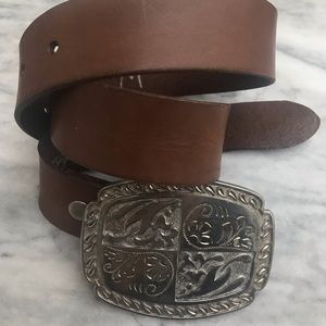 Accessories - Belt Buckle & Leather Belt